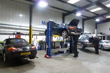 Porsche Servicing in Bradford and Surrounding Areas