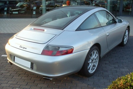 The 996 Targa roof mechanism has proved reliable.